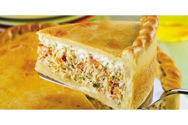 Torta de  frango / carne seca / calabresa Pirex